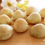 Pão de Beijo (Pão de Queijo Vegano)